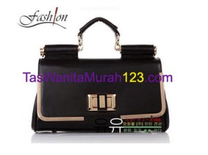 Tas Tangan & Slempang Iron List Latch Hitam