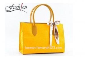 Tas Wanita Murah Tipe Kotak Pita Kuning