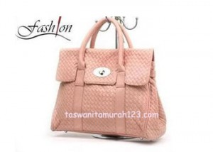 Tas Wanita Murah Brand Virolita Woven Tote Flap Dust Pink