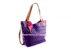 Tas Wanita Murah Simple Perforated Ungu